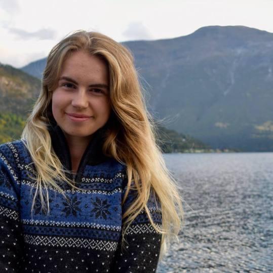 Vilde studerer friluftsliv i Sogndal